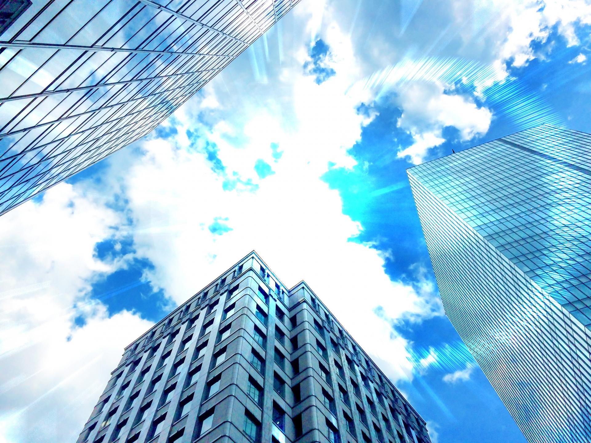 個人事業主になる届出は必要なのか。開業届のメリットと青色申告